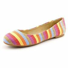 "Med 1 3/4"" to 2 3/4"" Women's Multi-Colored Flats"