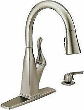 Delta Everly 1-Handle Pull-Down Sprayer Kitchen Faucet w/ShieldSpray Technology
