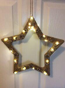 Light Up Star Wreath