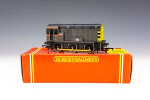 Hornby Railways R272 BR Class 08 Diesel Electric Shunter Locomotive - Boxed