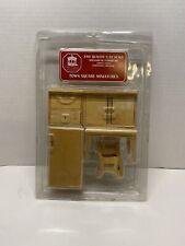 Town Square Miniatures 1:12 Scale 6 Piece Wood Kitchen Set