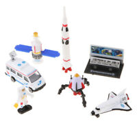 Set di gioco Space Shuttle 1:64, include Astronaut, Rocket, Satellite