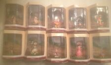 Disney's Tiny Kingdom WINNIE THE POOH Collection of 10 miniature figurines NIB