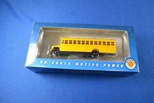 Bachmann 46211 Bus w/High Railers HO-Scale NIB