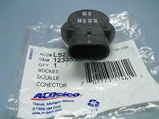 2000-2005 BUICK LESABRE PARK TURN SIGNAL LAMP SOCKET LS233 12335587 2001 2002