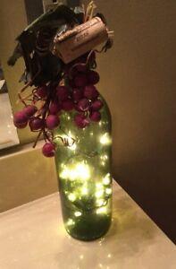 GREEN WINE BOTTLE w/ PURPLE GRAPES PLUG IN LIGHTS BOTTLE DECORATIONS WINE DECOR