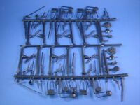 MARX CIVIL WAR TOY SOLDIERS WEAPONS EQUIPMENT CAMP SPRUE 60 PIECES FREE SHIP