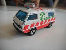 Matchbox VW Volkswagen Transporter T3 Ambulance in white/Orange