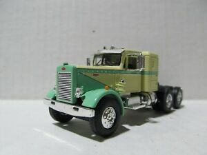 1ST GEAR 1/64 SCALE  PETERBILT 351 SMALL BUNK YELLOW & GREEN (SAME SCALE AS DCP)
