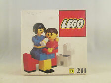 Lego Homemaker - 211 Mother and Baby with Dog NEW SEALED