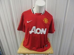 NIKE MANCHESTER UNITED SEWN RED/HOME DRI-FIT AON JERSEY 2011/12 KIT
