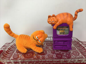"2 GARFIELD the Movie Wendy's Kid's toys~1 plush refrigerator magnet 4""  & TV toy"