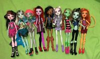 Dolls Monster High Mattel Lot Of 9 - Fully Clothed
