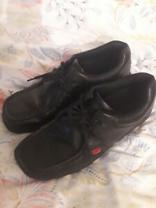 Kickers Size 9 Lace Up Shoes BLACK