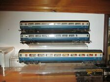 LIMA 4 mm SCALE HST COACH x 3 IN BLUE / GREY LIVERY