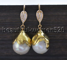 Z9325 23mm White Round Pearl Drip Gilding Dangle Earring