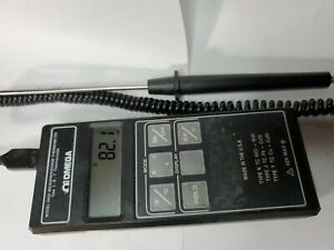 OMEGA Model HH21 Microprocessor Thermometer with j probe working