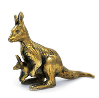 Kangaroo Female – Gold