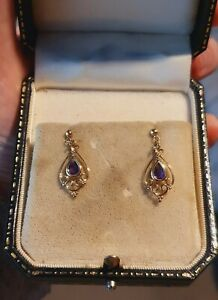 A STUNNING PAIR OF 18CT GOLD AMETHYST DROP DANGLY ART DECO STUD EARRINGS
