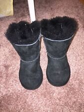 ugg boots Toddler size 6 bailey bow