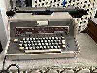 Vintage 1969 Remington Twenty Five Typewriter... Working Condition!!