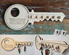 modernes Schlüsselbrett 40 cm Schlüsselform aus Holz mit Gravur Lasercut