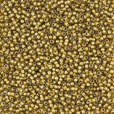 Toho Size 11/0 Seed Beads Inside Colour Topaz/Light Grey Lined 8.2g (L33/6)