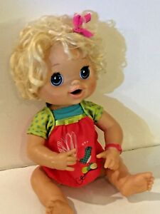 Hasbro 2010 My Baby Alive Doll Real Eat Drink Wet Pees Interactive