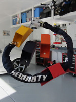 Antifurto Ancoraggio di Sicurezza + Catena e Lucchetto Bloccaggio a Terra Moto