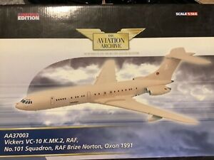 VC-10 KMK2 RAF Museum Quality brand new with rolling rubber tires