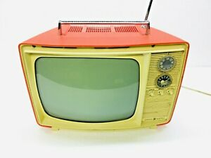 """Vintage TV Television Set 1960s 70s GE 10"""" Portable M113ARD Red Color Retro Tube"""