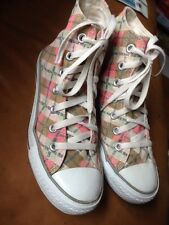 Limited Edition converse size 5 1U497