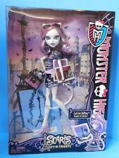 Monster High Doll Scaris Catrine DeMew  New!