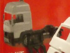 1/87 Herpa MiniKit Renault R 390 Zugmaschine weiß 013659