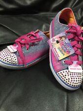 """BNWT Skechers Memory Foam """"Twinkle Toes"""" Light Up Girls Shoes Size 3"""