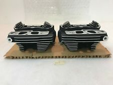 """OEM Harley-Davidson 88"""" Twin Cam Front and Rear Cylinder Heads 16723-99 16725-99"""