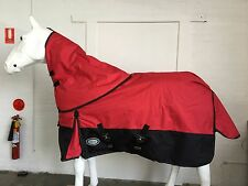 AXIOM 1200D RIPSTOP W'PROOF RED/BLACK 300g RUG WITH DETACHABLE NECK RUG SET 6' 6