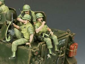 """King and Country VN069 """"The USMC Tank Riders Set"""" 1/30 Metal Toy Soldiers"""