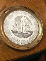 "10"" Yellowstone National Park  Old Faithful Geyser Souvenir Plate Gold Trim"