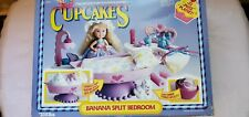"Cupcakes Banana Split Bedroom Playset & Cupcakes Sugar & Shine ""Sweet Sue"" Doll"
