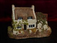 LILLIPUT LANE Cobbler's Cottage - Miniature Masterpieces - 1985 Model / Ornament