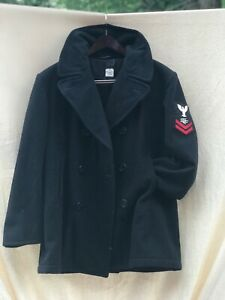 Vintage US Navy pea coat 44S black