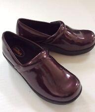 SafeTstep Women's Nursing Shoes GRETCHEN Dark Red Clogs Slip Resistant NEW 6.5