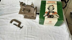 ** SINGER 20 SEWHANDY TOY SEWING MACHINE * XLNT COND * TABLE CLAMP * W/BOX--NICE