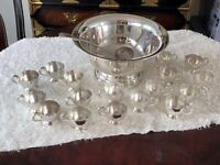 CLEAN Vintage Poole Silverplate Punch Bowl Set – Ladle With 17 Cups