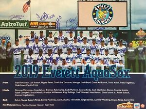 Signed 2019 Everett Aquasox Team Poster Seattle Mariner A Affiliate Autographed