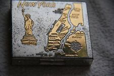 VINTAGE GOLDTONE & SILVERTONE NEW YORK LADIES COMPACT