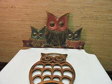 3 OWLS~ PAINTED WOOD HANGER w 4 HANGING PEGS + COPPER OWL TRIVET