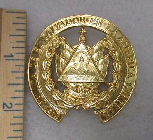EL SALVADOR ARMY OFFICER CAP BADGE HAT INSIGNIA 1980s Vintage Original