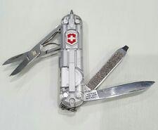 Victorinox - Signature Lite - Silver Tech - Swiss Army Multi-Tool - 54752